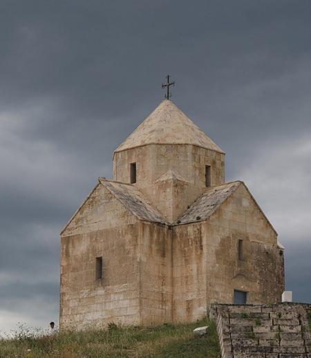 Vankasar Church, Vahag851, CC BY-SA 3.0, via Wikimedia Commons